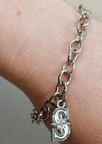 Mariners051213-Bracelet
