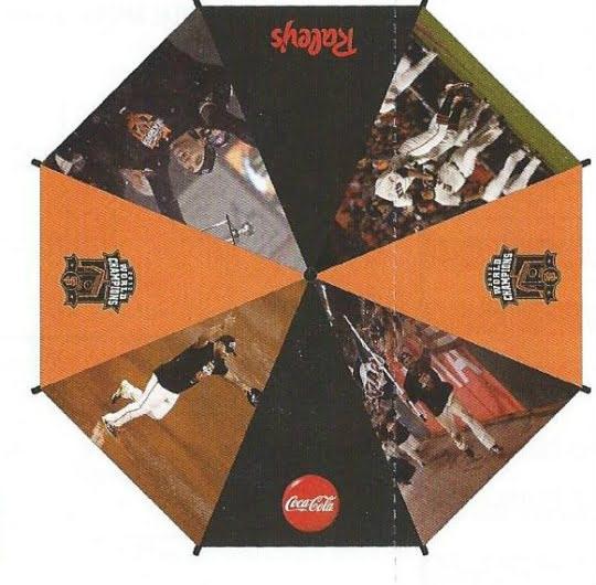 Giants042013-Umbrella
