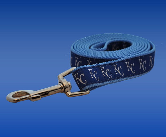 Kansas City Royals 052613-Leash