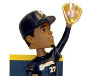 Milwaukee Brewers_bobblegomezgoldglove_4-17-14