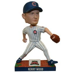 Chicago Cub_ wood bobblehead_8222014