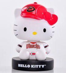 Arizona Diamondbacks_Hello Kitty Bobblehead_4-11-15