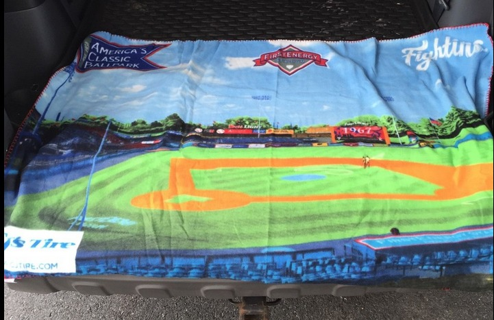 reading phillies fleece blanket - phillies - april 17th, 2015
