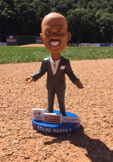 steve harvey bobblehead - bluefield blue jays - toronto bluejays