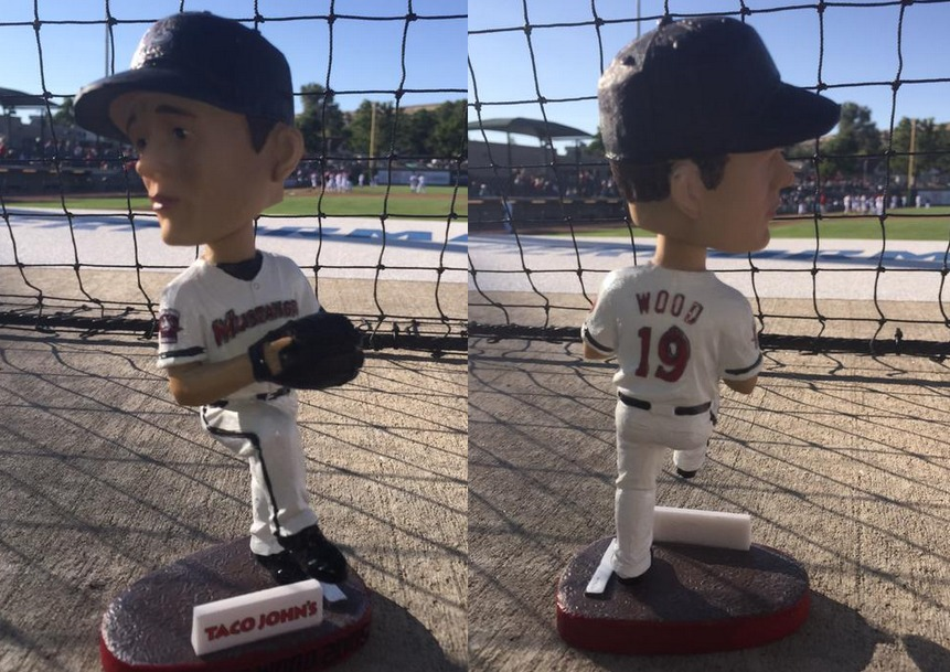 travis wood bobblehead - billings mustangs - cincinnati reds