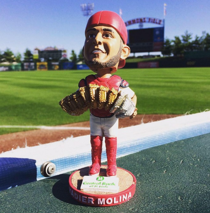 yadier molina gold and silver glove bobblehead - springfield cardinals - st louis cardinals