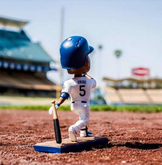 juan uribe bobblehead - los angeles dodgers