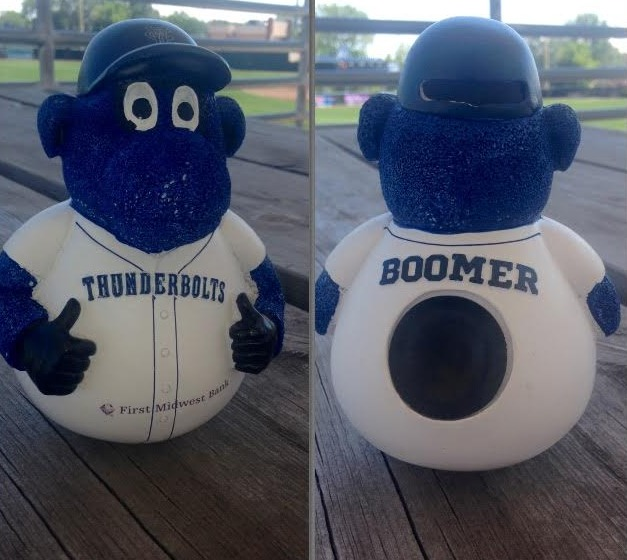 boomer wobbler doll - windy city thunderbolds - frontier league