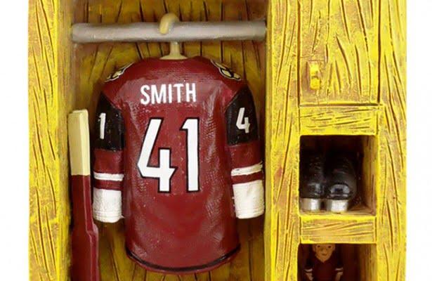 Arizona Coyotes_Mike Smith Mini Locker 3of5_1-16-16