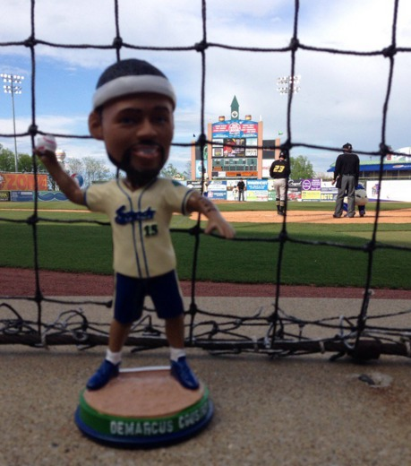 demarcus cousins bobblehead - lexington legends - 4-22-2016 (2)