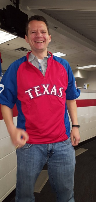 pullover jacket - texas rangers - 4-16-2016