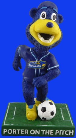 Kalamazoo Growlers Porter on the Pitch Bobblehead 7-16-2016