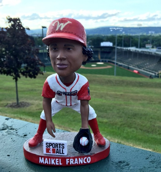 maikel franco bobblehead - williamsport crosscutters - 7-9-2016