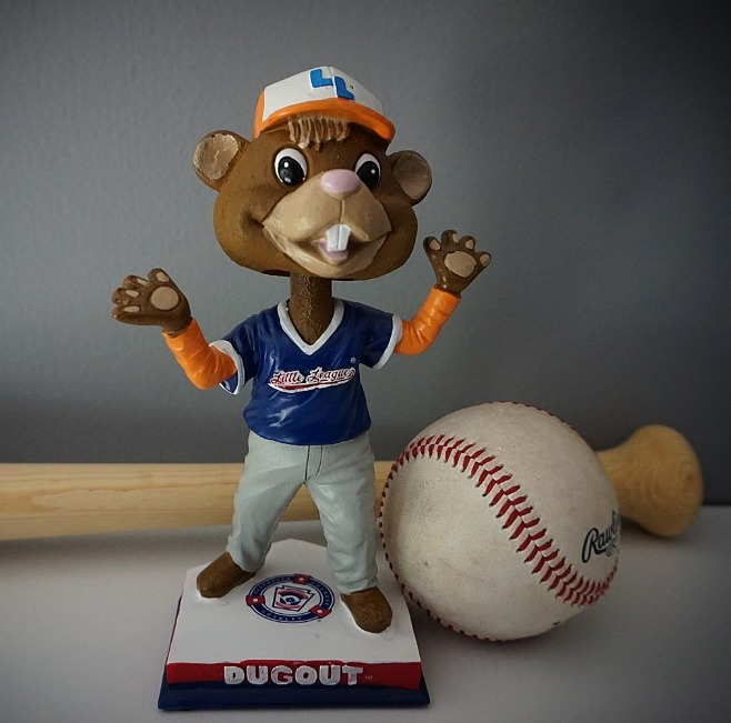 dugout bobblehead - williamsport crosscutters - 8-20-2016 (2)