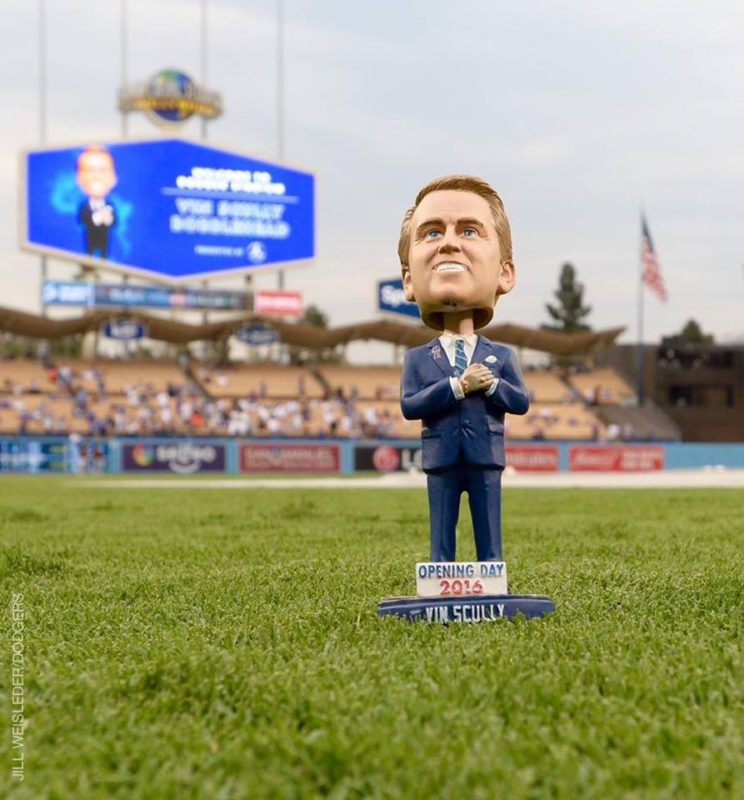 los-angeles-dodgers-vin-scully-bobblehead-9-20-2016