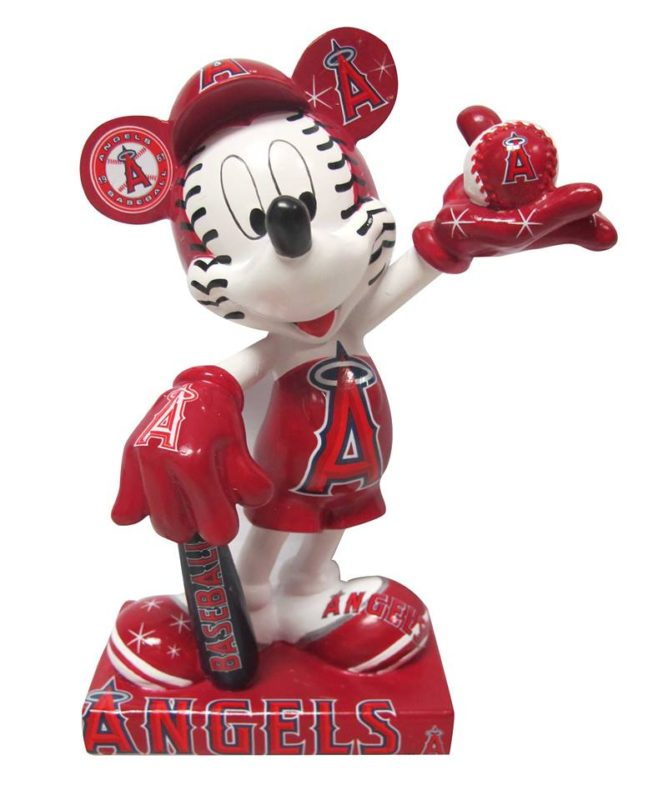 los-angles-angeles-mickey-mouse-statue-9-16-2016