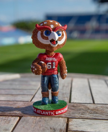 owlsley-bobblehead-florida-atlantic-university-ncaa-football-11-19-2016