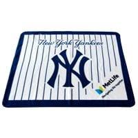 superior quality 6fadf 80dc6 April 28, 2017 New York Yankees - Fleece Blanket Night ...