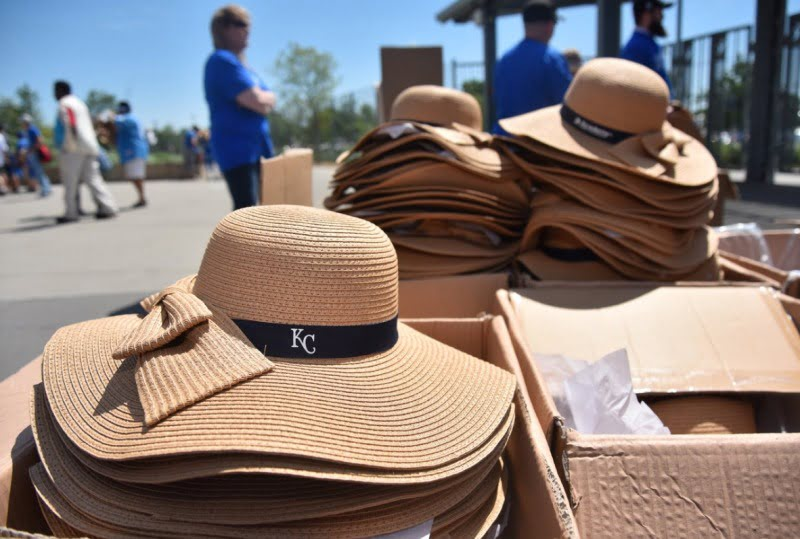 May 14 2017 kansas city royals ladies sun hat stadium giveaway exchange for Kansas city home and garden show 2017
