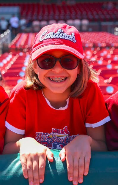 May 21 2017 st louis cardinals adult rhinestone cap stadium giveaway exchange for St louis home and garden show 2017