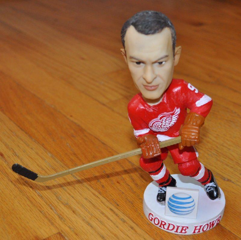 Red Wings Gordie Howe Bobblehead_3-31-15