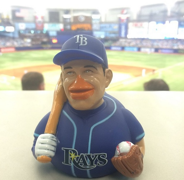 evan longoria rubber ducky - tampa bay rays - april 19, 2015 (2)