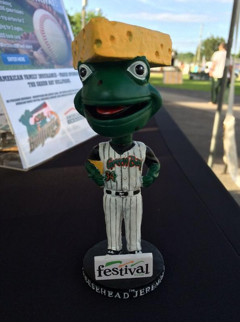 cheesehead frog bobblehead - green bay bullfrogs - northwoods league