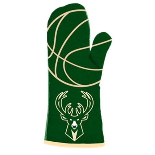 Milwaukee Bucks_Oven Mitt_3-2-2016