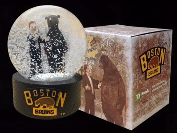 Boston Bruins Snow Globe 12-14-2015