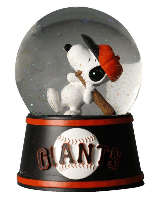 San Francisco Giants Peanuts Giants Snowglobe 8-15-2016