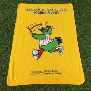 Philadelphia Phillies - PhilliesGoGold blanket