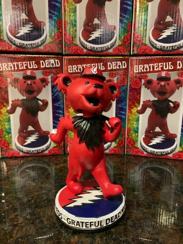 Cincinnati Reds – Dancing Bear bobblehead