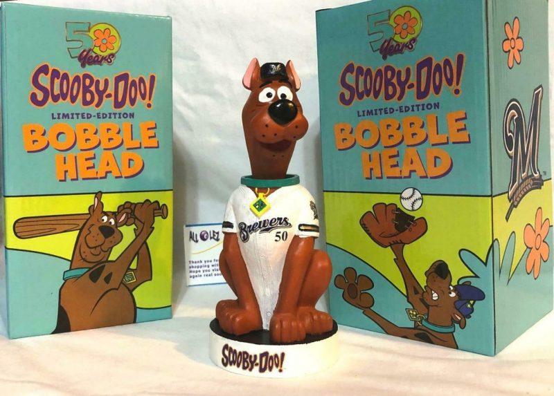 Milwaukee Brewers – Scooby-Doo bobblehead