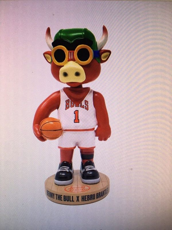 Chicago Bulls - Benny the Bull x Hebru Brantley Bobblehead